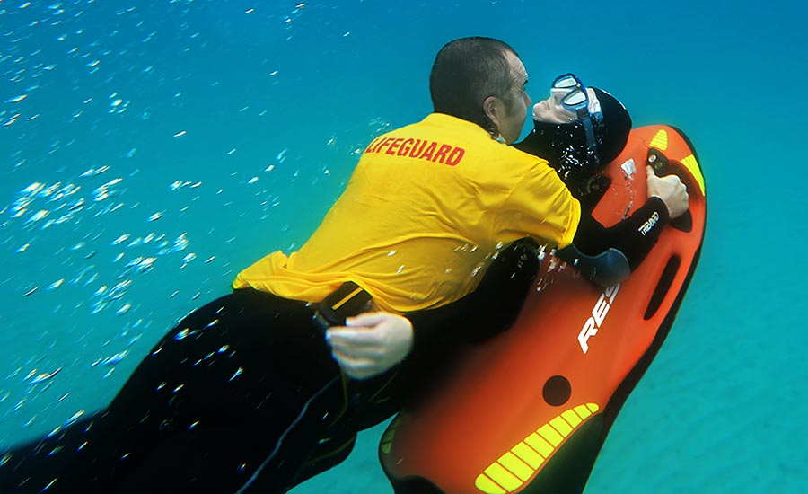 SEABOB-RESCUE-Man-technology_mobile